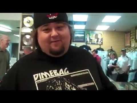 El precio de la Hisoria (detras de cámaras) - Chumlee Muestra la tienda Pawn Stars