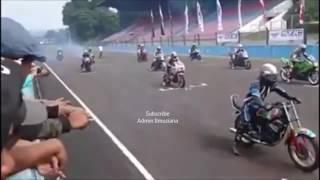 RX King Dikeroyok Kawasaki Ninja   Race Sirkuit Sentul