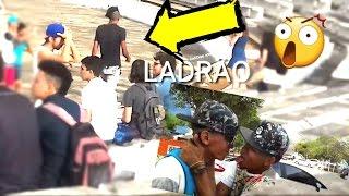 ROUBO DE CELULAR E BEIJO GAY - #DESAFIOS