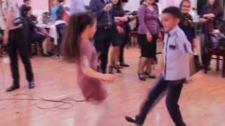 Balacalardan gozel reqs - super Azerbaycan oyun havasi - Reyhani - (Elmin)