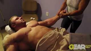 Bodybuilder Justin Compton Deep Tissue Massage