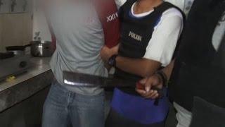 Beralasan Kesal pada Sang Korban, Tanpa Ragu Pria Ini Hancurkan Kepala Korban Gunakan Golok - 86