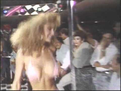 Hot Body Bikini paradise excerpt 1