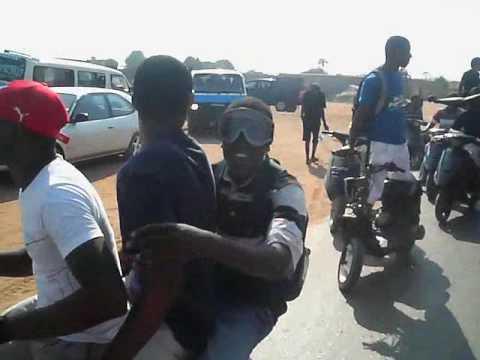 Funerais em Angola