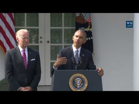 watch President Obama Delivers a Statement