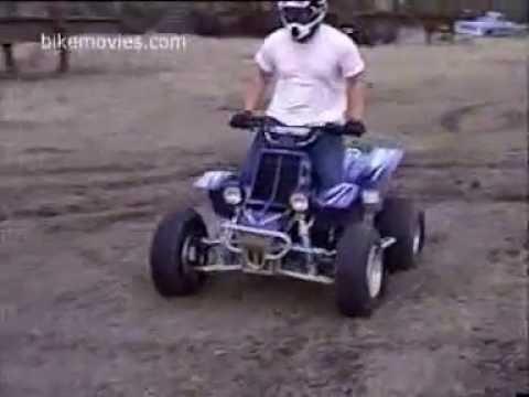Caidas y muy buenos trucos en moto