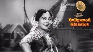 Julmi Hamare Sanwariya - Lata Mangeshkar's Old Hit Song - Mr. X in Bombay