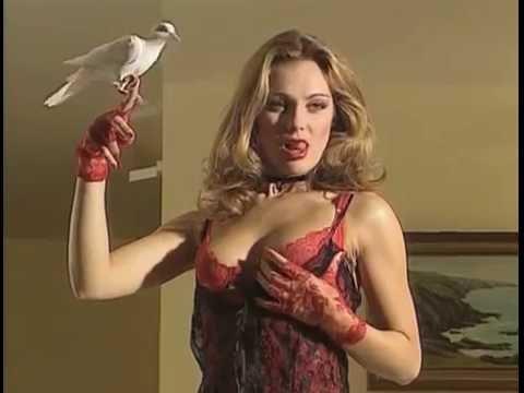 L'indécente aux enfers (1997) - Laure Sainclair
