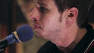 """Foster The People - """"Pumped Up Kicks"""" Acoustic (High Quality)"""