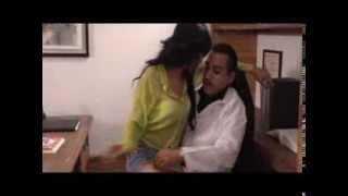 Ginecólogo de señoritas-Trailer Cinelatino