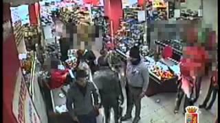 Rapina sventata da un vigilantes, tre arresti a Palermo. Le immagini