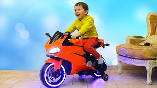 Kid ride on Power Wheels Sportbike Honda with Paw Patrol Toys video for Children