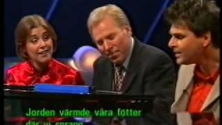 Helen Sjöholm & Niklas Strömstedt - Himlen är Oskyldigt Blå