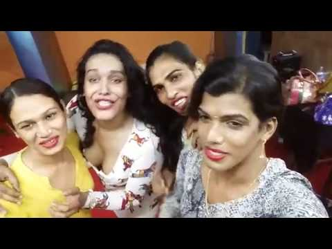 Xxx Mp4 Group Of Hijra Kinnar Singing Double Meaning Funny Song हिजड़ों ने गाया Funny गाना 3gp Sex