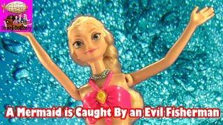 Elsa is Kidnapped by a Fisherman - Part 4- Elsa the Mermaid Series -Frozen Littlest Mermaid Funny