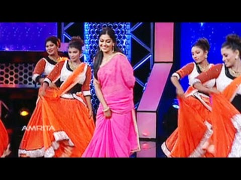Xxx Mp4 Anusree As Celebrity Judge Super Star Junior 5 Stage Performance Of Anusree 3gp Sex