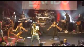 Davido Ft The Compozers - Skelewu Live in London