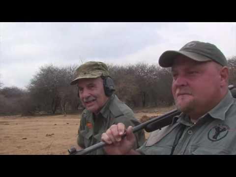 Brian Hunts Cape Buffalo with a .577NE Single Shot and Cast Bullets.