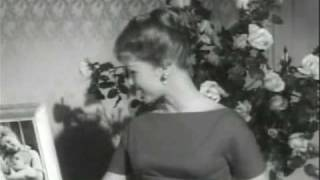 Biography of Debbie Reynolds