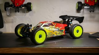 NEW RC CAR || RC8B3.1e First Look