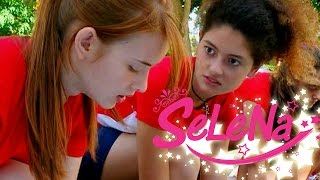 Kıvılcım Selin'le yarışırken hile yapıyor, Selena yardıma yetişiyor...