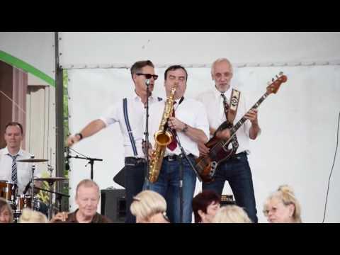 Xxx Mp4 Petticoat Let S Go To The Hot Britzer Garten Berlin 31 7 2016 3gp Sex