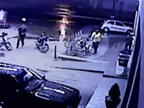 Câmeras de segurança flagram duplo assassinato em Goiânia.