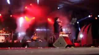 Yekka Raja Rani Live by Kailash Kher