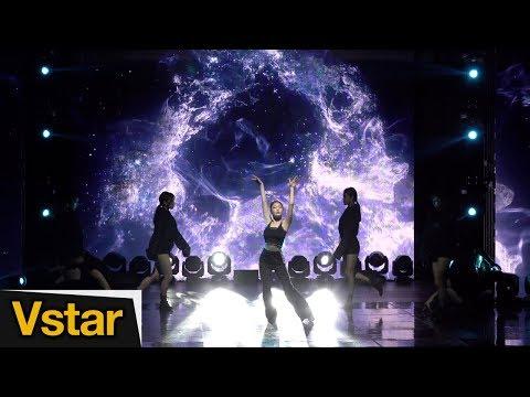 Xxx Mp4 4K 청하 INTRO BB Love U Chung Ha Blooming Blue Showcase 3gp Sex