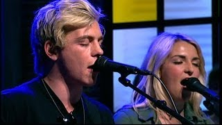 R5 - 'Pass me by' (live)