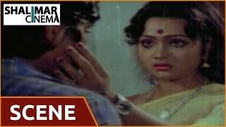 Maga Maharaju Movie || Aunty & Balaji Beautiful Scene  || Chiranjeevi, Suhasini