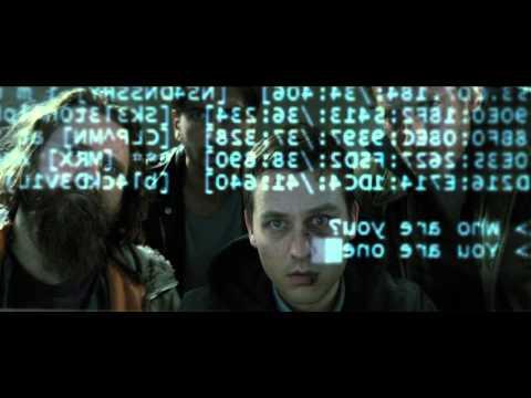 Invasores Nenhum Sistema Está à Salvo 2015 Dublado