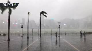 Typhoon Mangkhut hits Hong Kong, at least 100 injured