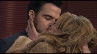 Amar es para siempre - Valeria y Diego se besan