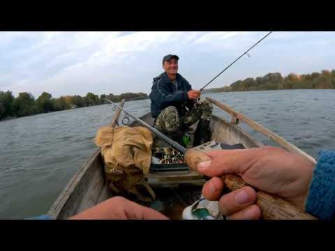 видео рыбалки на поное