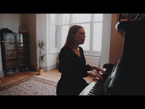 Freya Ridings - Wishbone (Live)