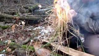 Rozdělávání ohně - ocelová vata 000