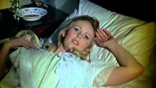 Dracula Seduces Maria (Dracula Has Risen From The Grave - 1968)