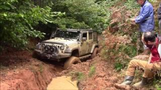 Jeep Wrangler JK vs Jeep GC 5.9 vs Land Rover Defender 90