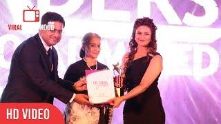 Divyanka Tripathi Gets Award At The Most Admired Leaders Of Maharastra