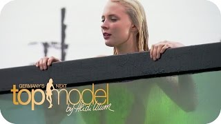Booby Alarm beim Shooting (Sandy, Laura, Lisa, Varisa) | Germany's next Topmodel 2015