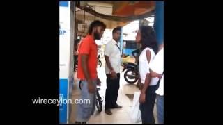 thilini imalka (Wariyapola Girl Slap Boy at Bus Stand)