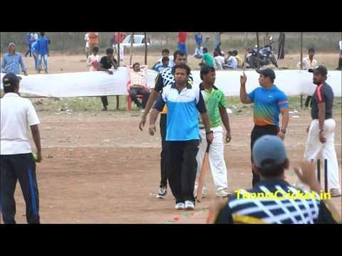 Hondo batting ( Thane Tennis Cricket )
