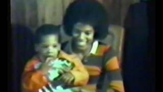 Rare 1970s studio footage of Michael Jackson with Jacksons & associates.