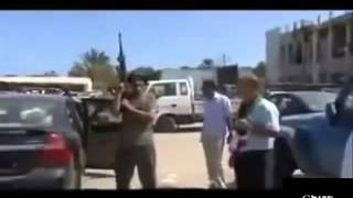 بالفيديو سمير ديلو في سوق السلاح في ليبيا