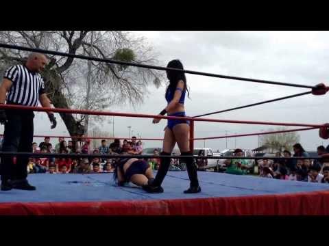 Kat Green vs Serena Mercury 02 22 2014