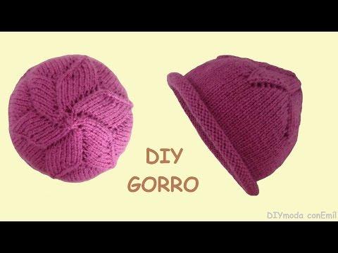 Knitting Seed Stitch Decrease : SEED STITCH BERET / BOINA KNITTING PATTERN with pretty leaf decrease at crown...