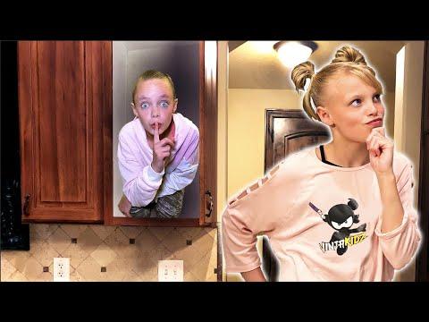 Hide & Seek in a Mansion VS Famous Youtubers