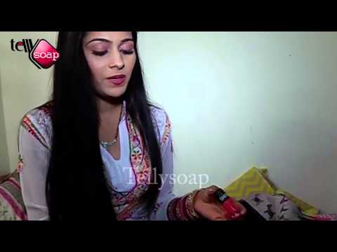 Special Story With Aparna Dixit - Devika In 'Kalash' -What's in Her Bag- Telly Soap