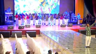 Paul Chisom peforming 'Baba Na U' with LCGC